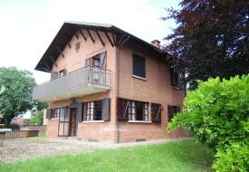 Casa con parco - Castelletto Merli