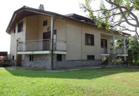 Villa con parco privato - Calliano