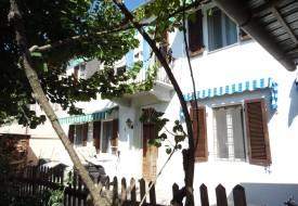 Casa con giardino - Alfiano Natta