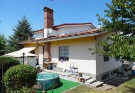 Villa con giardino - Moncalvo