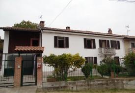 Casa con giardino - Castelletto Merli