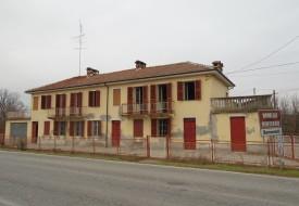 Casa indipendente - Mombello Monf.