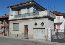 Casa con terrazzo -Montechiaro D'Asti