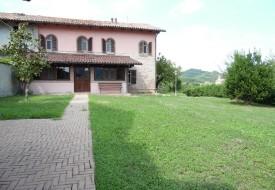 Casa ristrutturata - Odalengo Grande