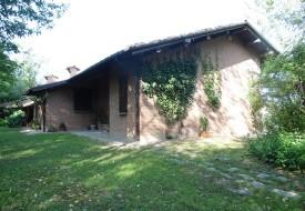 Villa con parco - Calliano