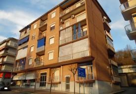 Appartamento e box auto - Moncalvo