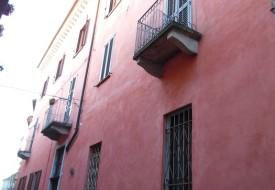 Intero stabile di sei alloggi - Moncalvo